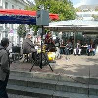 Photo taken at Markt am Carlsplatz by Peter on 9/29/2012