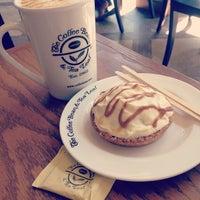 Photo taken at The Coffee Bean & Tea Leaf by Brigette Niña A. on 3/3/2013