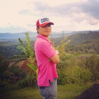 Photo taken at Puncak Temboan Rurukan by Henryriddel R. on 3/9/2014