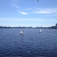 Photo taken at Charles River by Juan David B. on 6/15/2013