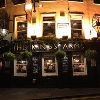 Photo taken at King's Arms by Gordon C. on 10/31/2016