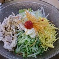 Photo taken at 京都ラーメン春陽堂 つかしん店 by Izumi T. on 7/1/2014