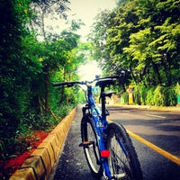 Photo taken at Taman Impian Jaya Ancol (Ancol Dreamland) by Triyanto B. on 5/12/2013