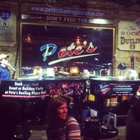 Photo taken at Pete's Dueling Piano Bar by DeHubb on 2/11/2013