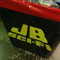 Photo taken at JB Hi-Fi by Fernando d. on 7/23/2013