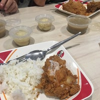 Photo taken at KFC by Kerwin M. on 9/28/2016