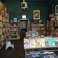 Photo taken at Fantagraphics Bookstore & Gallery by Nix K. on 9/20/2015