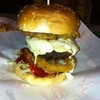 Photo taken at Burger Bakar Abang Burn by Hairi T. on 6/8/2013