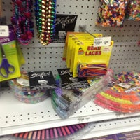 Photo taken at Beverly's Fabric & Crafts by PLUR A. on 4/20/2015