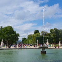 Photo taken at Tuileries Garden by MikaelDorian on 8/16/2014