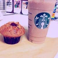 Photo taken at Starbucks by Vaasan S. on 4/7/2013