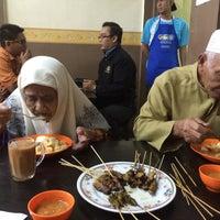 Photo taken at Satay Warisan by Aiman A. on 8/25/2016