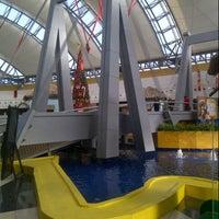 Photo taken at Centro Sambil Maracaibo by Valarino A. on 12/14/2012