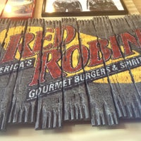 Photo taken at Red Robin Gourmet Burgers by Priscilla G. on 5/3/2013