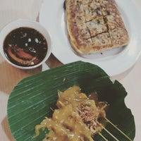Photo taken at Restoran Kubang Hayuda by Frans H. on 7/23/2015