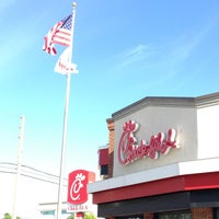 Photo taken at Chick-fil-A Orlando Ave. at Fairbanks by Dave S. on 3/21/2013