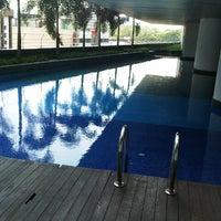 Photo taken at Swimming Pool @ Villa Puteri by Mohd F. on 3/19/2013
