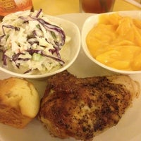 Photo taken at Kenny Rogers Roasters by Ciprian T. on 11/27/2014