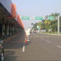 Photo taken at Halim Perdana Kusuma International Airport (HLP) by ardhie w. on 3/26/2013