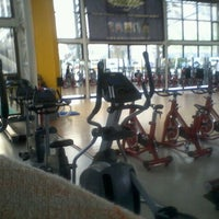 Photo taken at Pacific Fitness by Paz E. on 9/16/2012