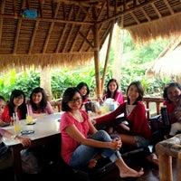 Photo taken at Saung Mang Engking by Olivia S. on 2/19/2015