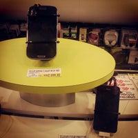 Photo taken at Supermercado Angeloni by Ramonn R. on 11/16/2012