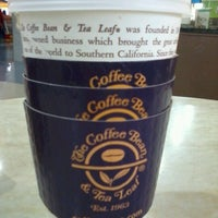 Photo taken at The Coffee Bean & Tea Leaf by Kristine A. on 1/30/2013