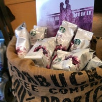 Photo taken at Starbucks by Fragueiro S. on 10/7/2012