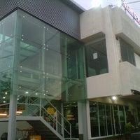 Photo taken at Restoran Ho Ho Sek (好好吃) by Irene W. on 10/18/2012