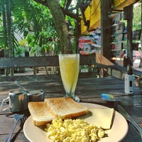 Photo taken at Breakfast Bar by Кира D. on 9/8/2016