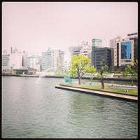 Photo taken at 天神橋 by カズオ on 4/29/2013