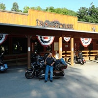 Photo taken at Ironhorse Motorcycle Lodge by Federico A. on 8/25/2013