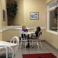 Photo taken at Dairy Queen by Sixydukemom on 11/28/2012