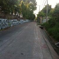 Photo taken at วัดรังษีสุทธาวาส (วัดไร่กล้วย) by Augusta C. on 7/3/2014