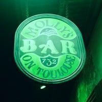Photo taken at Molly's Irish Pub & Restaurant by Meg on 8/31/2014