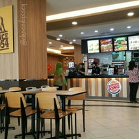 Photo taken at Burger King by chocodyssey on 6/20/2016
