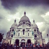 Photo taken at Basilique du Sacré-Cœur de Montmartre by Jules S. on 6/24/2013