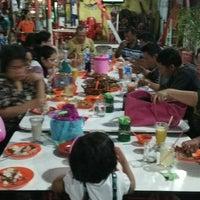 Photo taken at Pondok 123 by Evivyanty S. on 9/21/2013