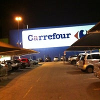 Photo taken at Carrefour by Regina Cecilia S. on 11/20/2012
