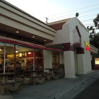 Photo taken at In-N-Out Burger by Smee M. on 4/13/2013