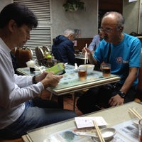 Photo taken at Wing Wah Noodles Shop 永華雲吞麵家 by Hiroshi O. on 11/25/2012