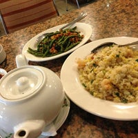 Photo taken at Furama Chinese and Live Seafood Restaurant by LaraSati87 on 2/13/2013