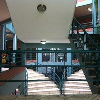 Photo taken at Udabol - Universidade de Aquino de Bolívia by Eveline R. on 3/15/2013