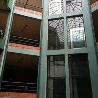 Photo taken at Udabol - Universidade de Aquino de Bolívia by Eveline R. on 12/3/2012