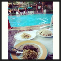 Photo taken at Maple Cafe @maplewoods bukit timah by Jessica P. on 7/21/2013