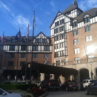 Photo taken at The Hotel Roanoke & Conference Center - Curio - A Collection by Hilton by David A. on 10/9/2013