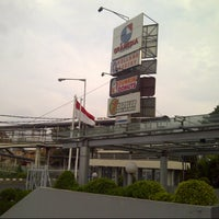 Photo taken at Gramedia by Rahmat S. on 10/17/2012