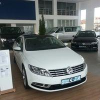 Photo taken at Volkswagen Fatih Otomotiv Ünye by A.Burak on 1/11/2015