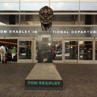 Photo taken at Tom Bradley International Terminal (TBIT) by Kazu S. on 6/30/2013