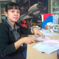 Photo taken at Suzuki Hero Sakti Motor Gemilang by sugimasihada on 12/5/2012